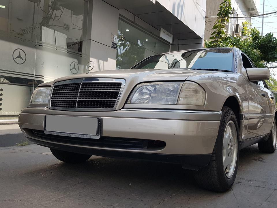 Ngoại thất của Mercedes-Benz C230 W202 1997 1