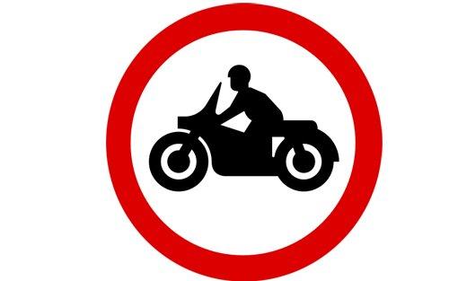 """(FUN) Ngoài ý nghĩa giao thông, những biển báo này còn được hiểu với những ý nghĩa """"khó đỡ""""5aa"""