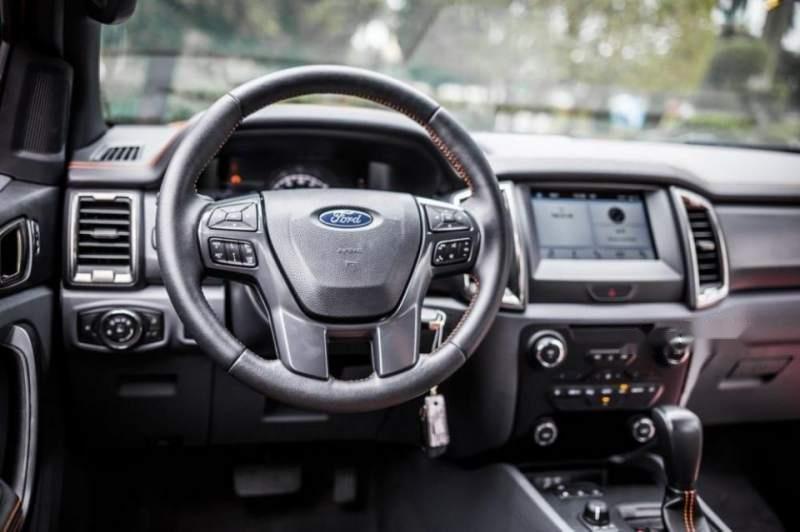 Cần bán Ford Ranger XL 2.2MT năm sản xuất 2019, giá thấp, giao nhanh (6)