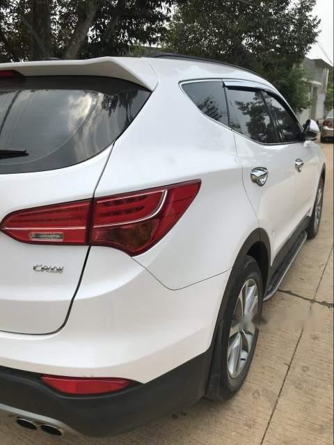Cần bán xe Hyundai Santa Fe sản xuất năm 2015, màu trắng-1