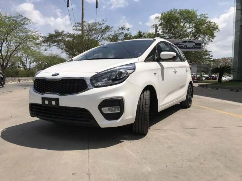 Bán xe Kia Rondo 2019, màu trắng, giá tốt-3