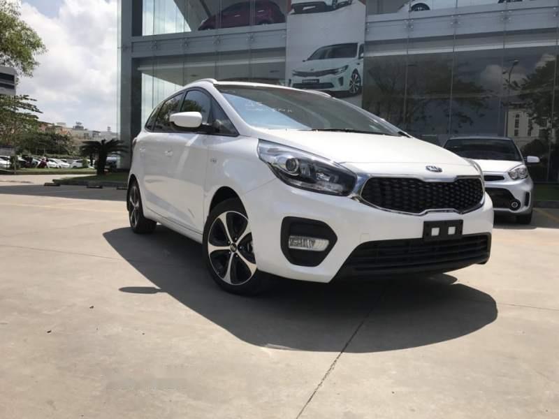 Bán xe Kia Rondo 2019, màu trắng, giá tốt-1