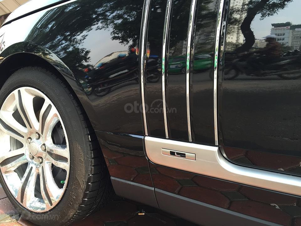 Cần bán xe Range Rover Autobiography LWB Black Edition 5.0 có 2 bàn làm việc, LH 093.798.2266-17