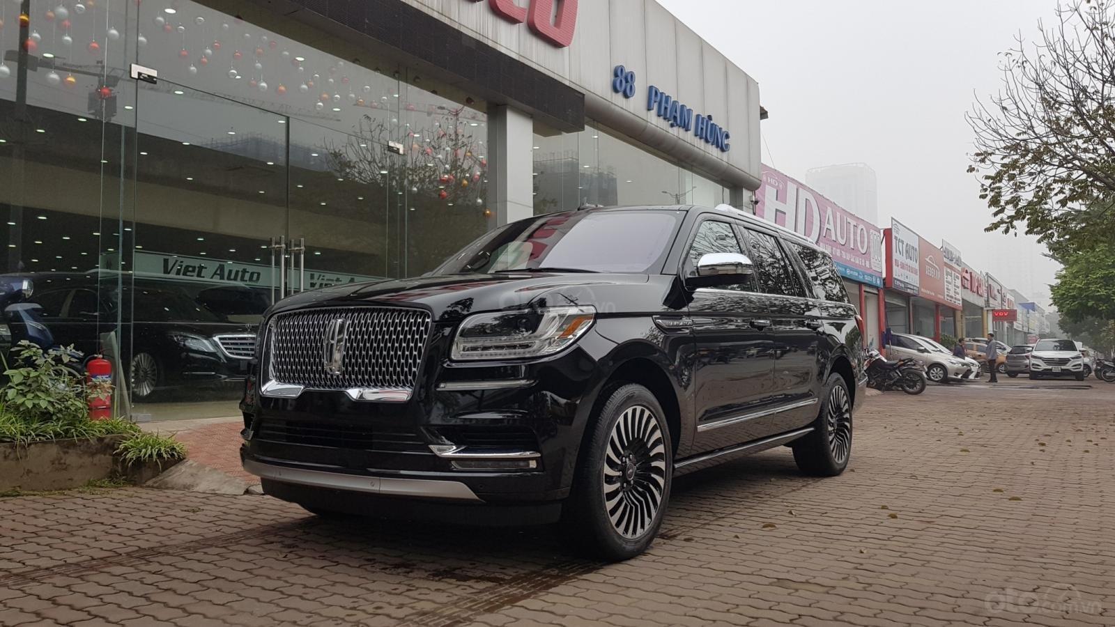 Bán xe Lincoln Navigator L Black Label sản xuất năm 2019, màu đen, xe nhập-1