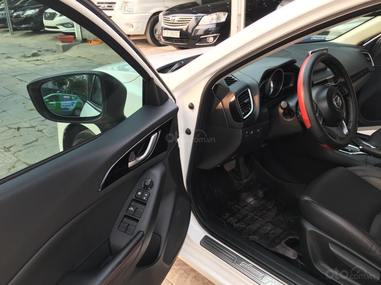 Cần bán xe Mazda 3 1.5 AT năm sản xuất 2017, màu trắng giá cạnh tranh-7