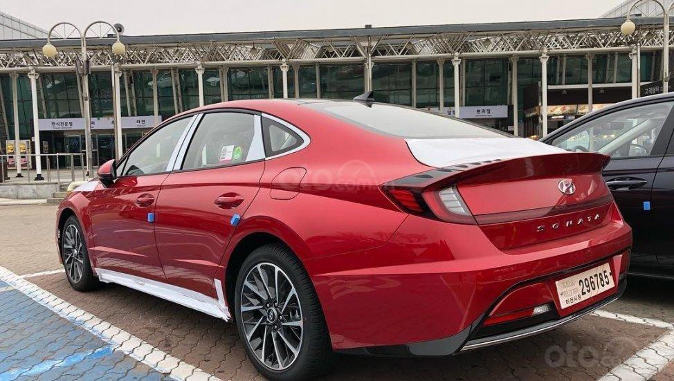Hyundai Sonata 2019 - đuôi xe
