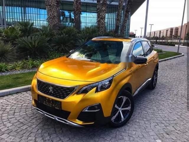 Cần bán Peugeot 3008 sản xuất năm 2018, màu vàng-0
