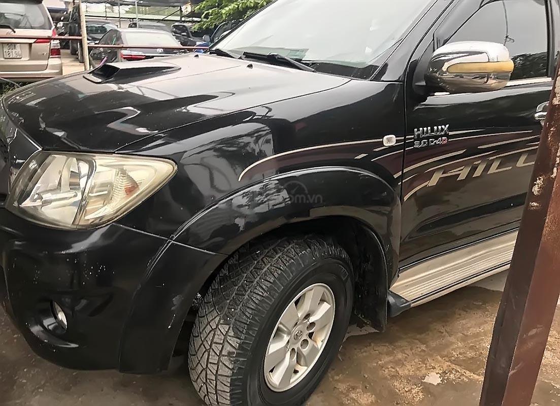 Chính chủ bán Toyota Hilux 3.0G 4x4 MT năm sản xuất 2010, xe nhập (1)