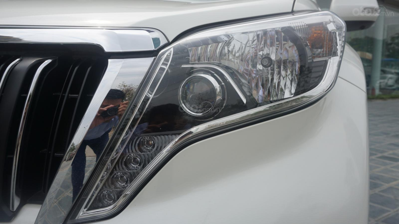 Bán Toyota Land Cruiser Prado 2017, màu trắng, nhập khẩu, LH em Hương 0945392468 (8)