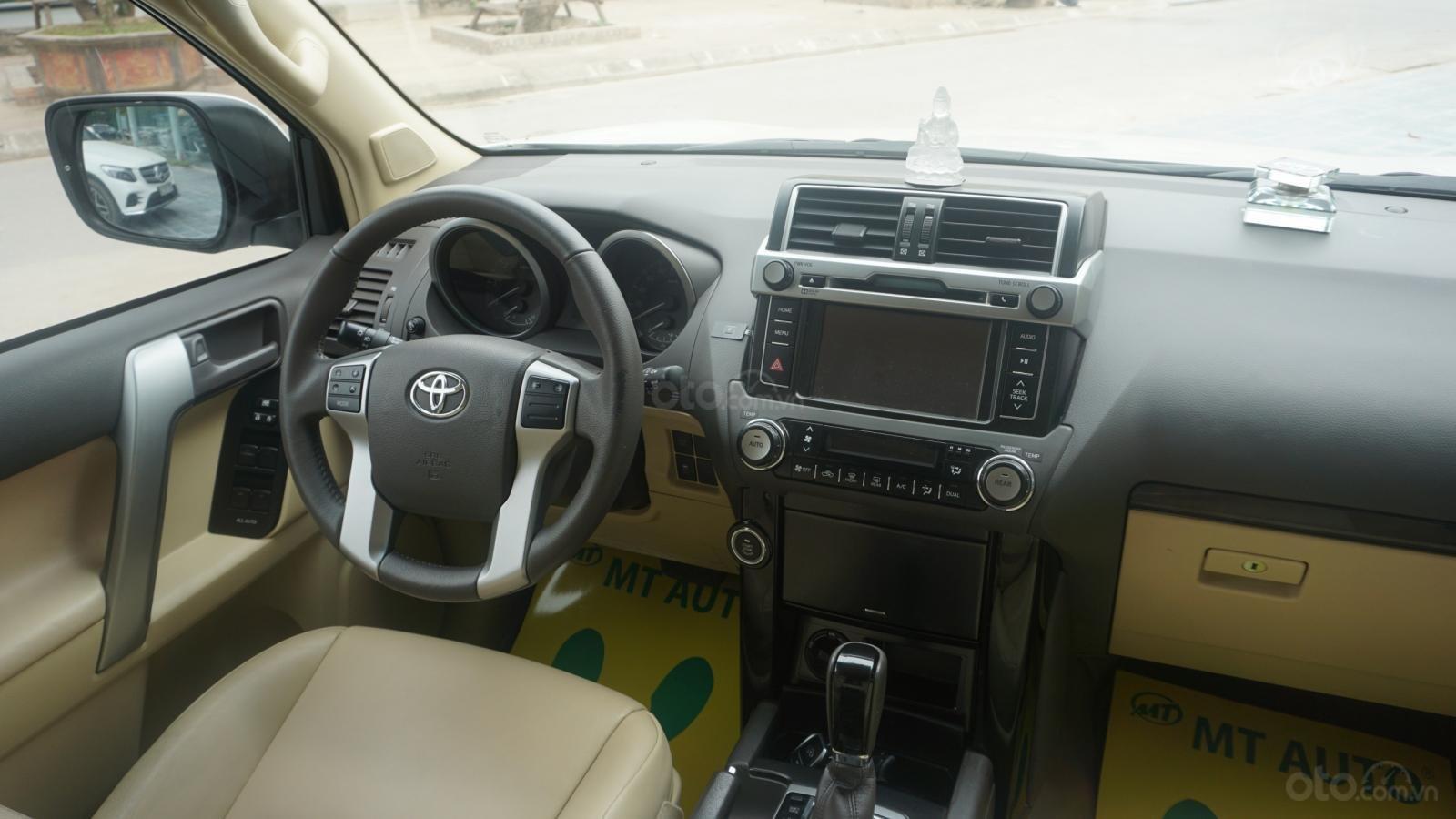 Bán Toyota Land Cruiser Prado 2017, màu trắng, nhập khẩu, LH em Hương 0945392468 (23)