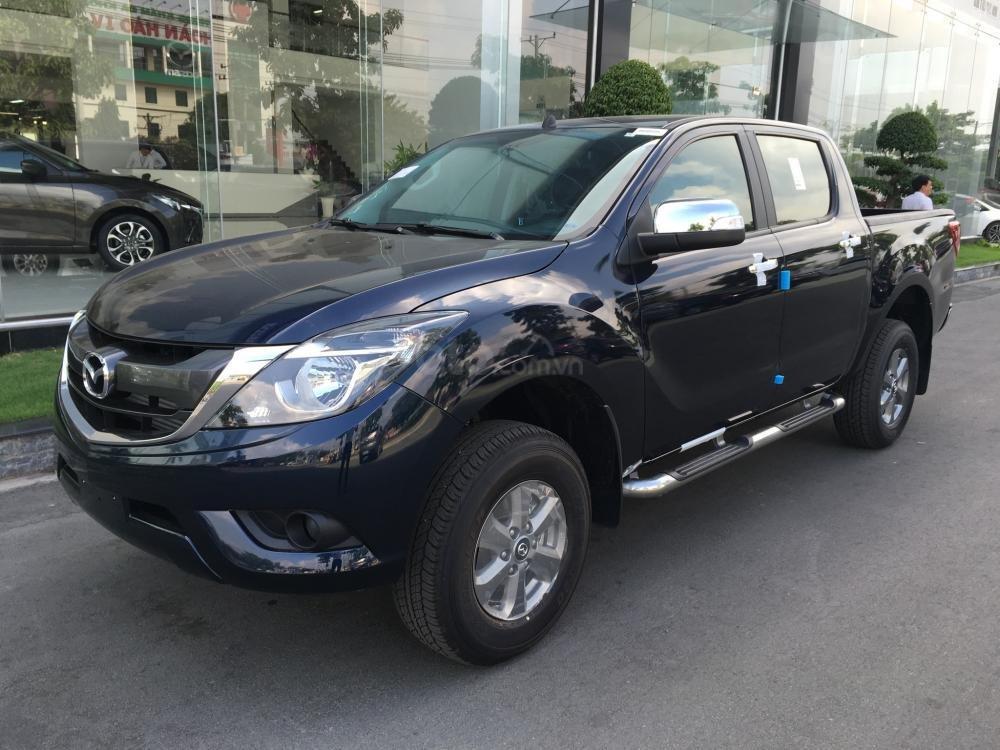 Bán tải Mazda BT-50 2.2 AT, giá tốt nhất Hà Nội, hỗ trợ trả góp - Giao xe ngay - Hotline: 0973560137 (1)
