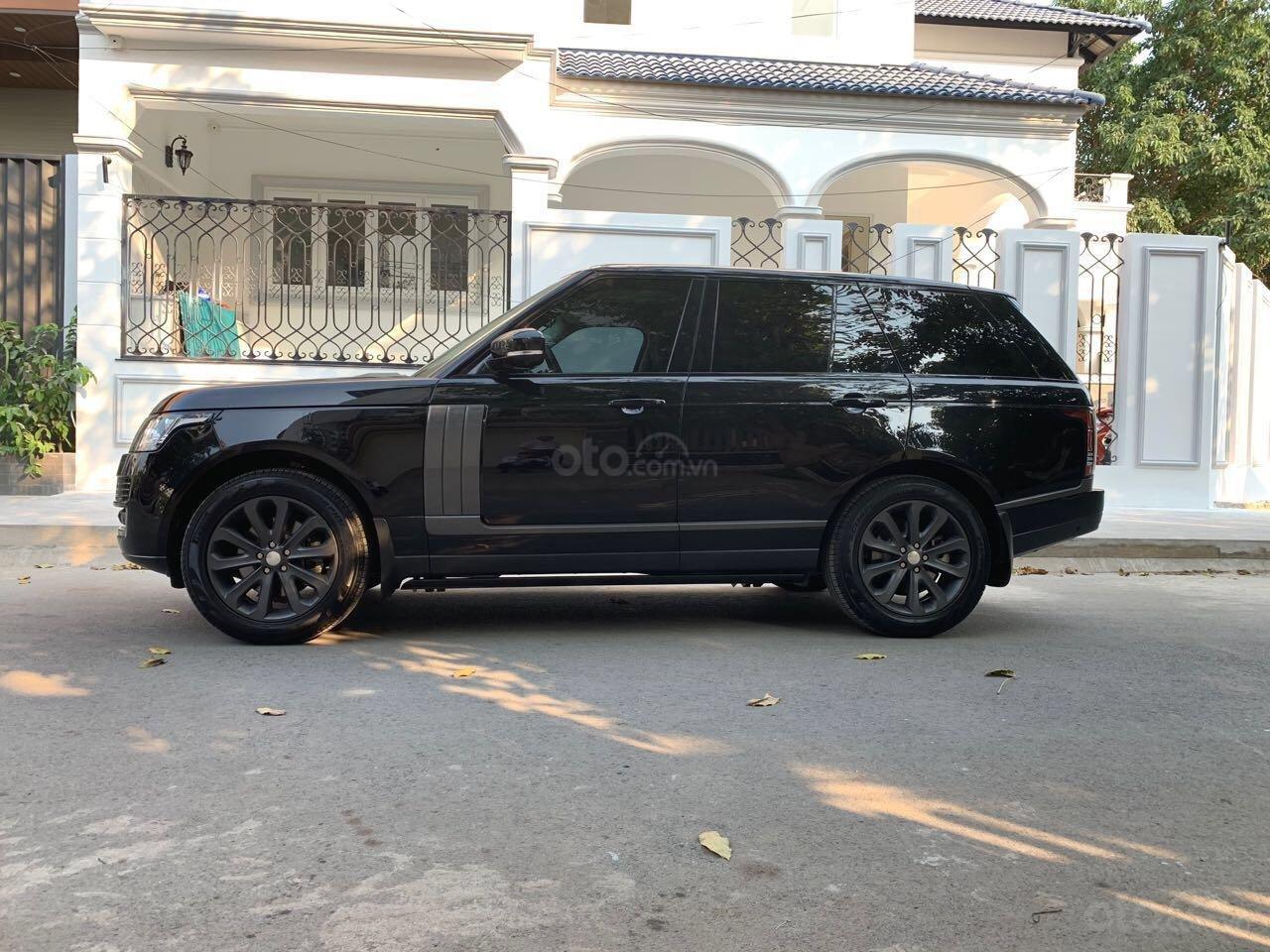 Chính chủ bán giá xe Range Rover Vogue màu đen 2015 xe đẹp giá tốt 093 2222253-0