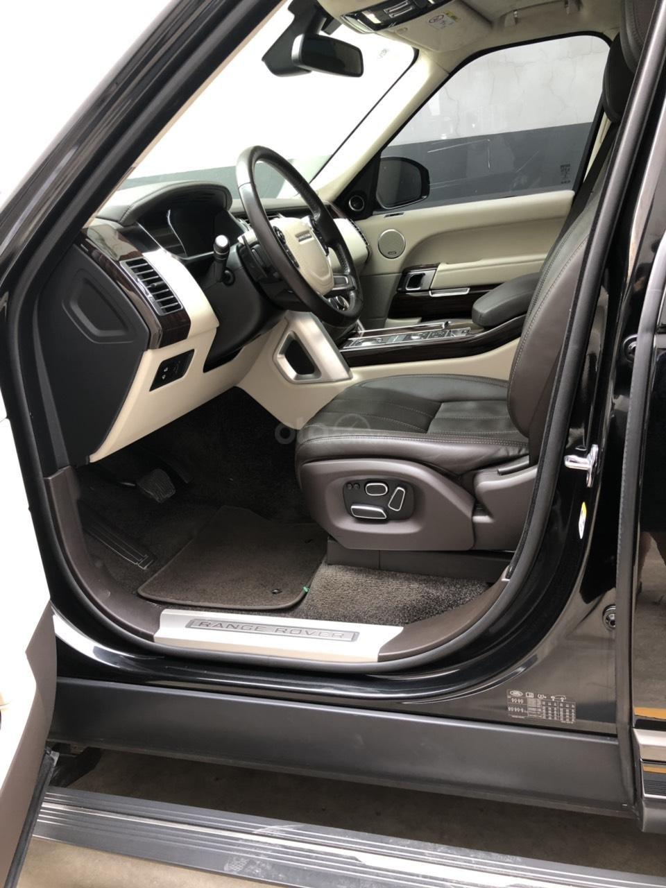 Chính chủ bán giá xe Range Rover Vogue màu đen 2015 xe đẹp giá tốt 093 2222253-6