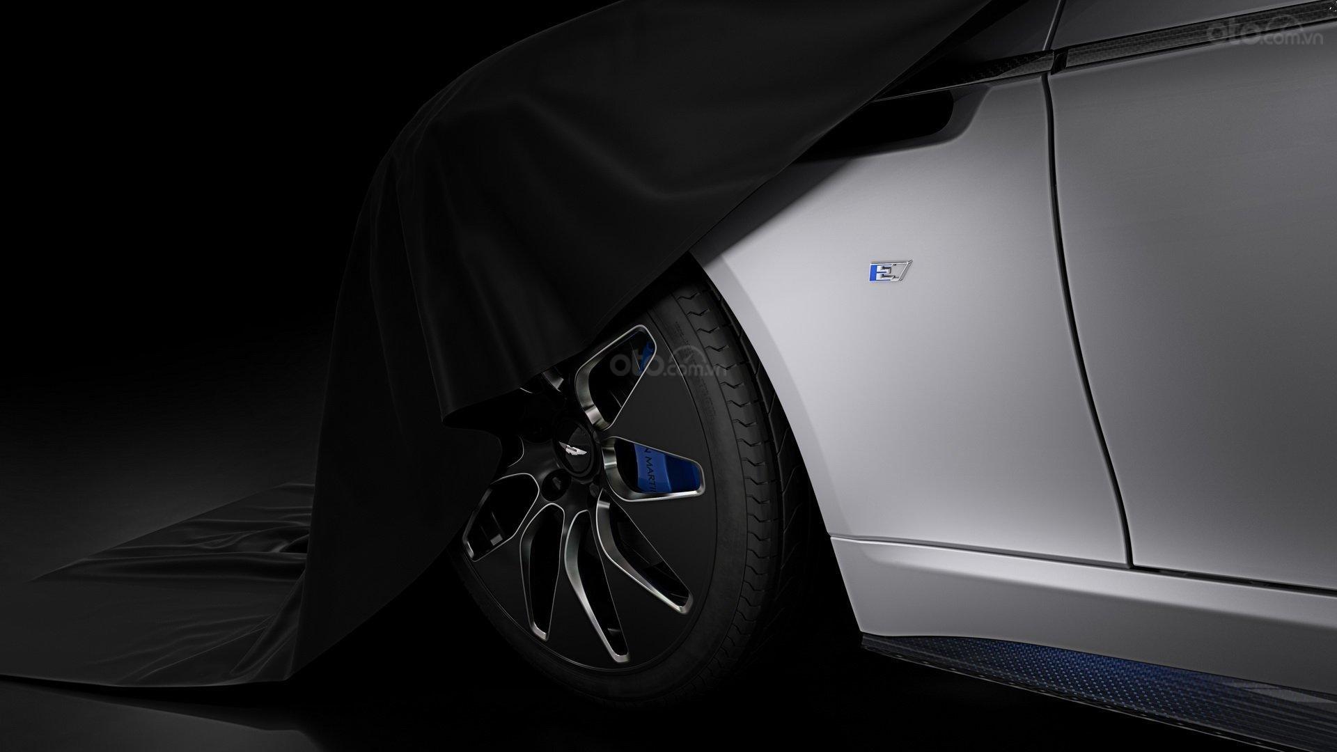 Bánh xe Aston Martin Rapide E
