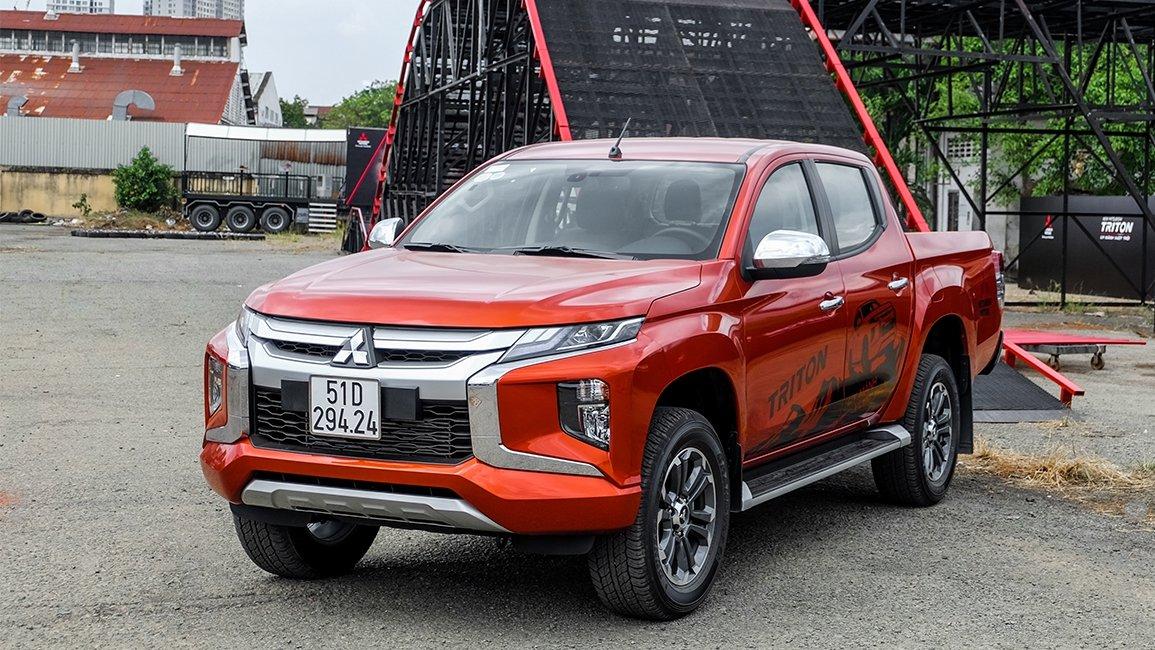 Mitsubishi Triton giảm giá tháng 3/2019 a1