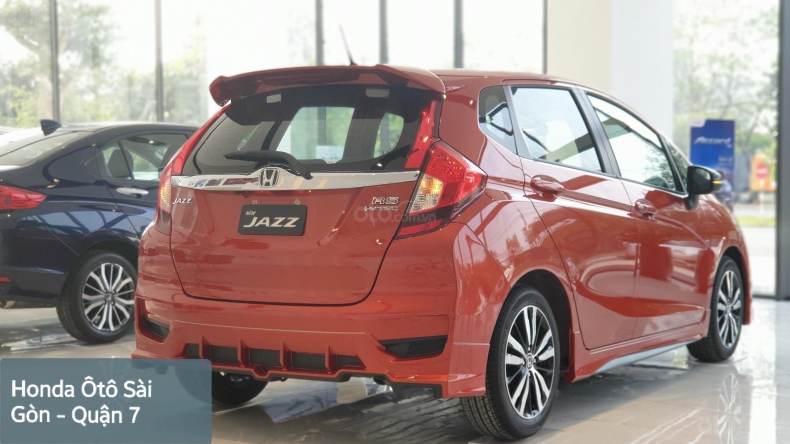 Bán Honda Jazz RS Mugen, khuyến mãi hết Ga + thay nhớt miễn phí 1 năm, dán kính toàn xe hoặc 40tr-2