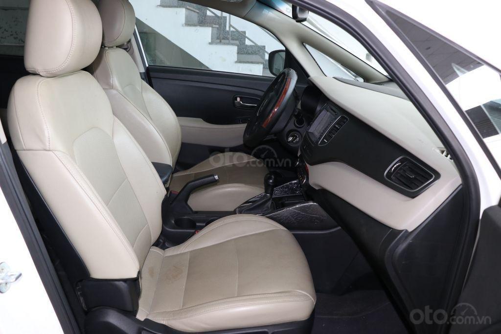 Bán Kia Rondo 2.0AT đời 2017, màu trắng giá cạnh tranh-5