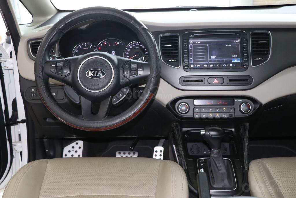 Bán Kia Rondo 2.0AT đời 2017, màu trắng giá cạnh tranh-11