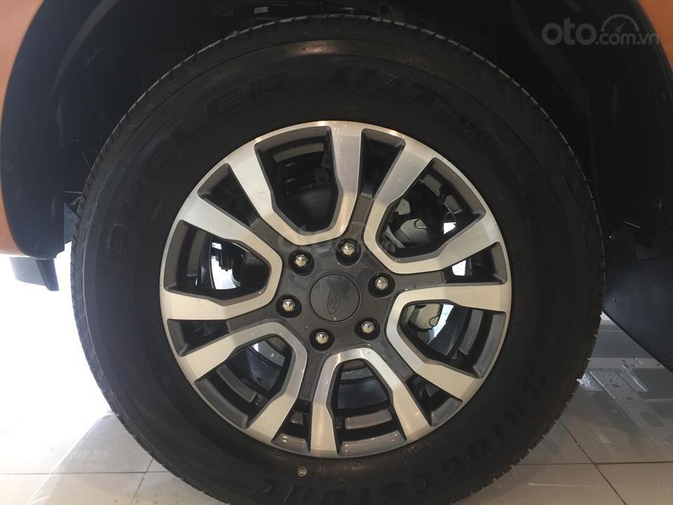 Giảm tiền và tặng phụ kiện: Nắp và lót thùng, BHVC, phim, camera, khi mua xe Ford Ranger 2019, LH ngay: 093.543.7595 (5)