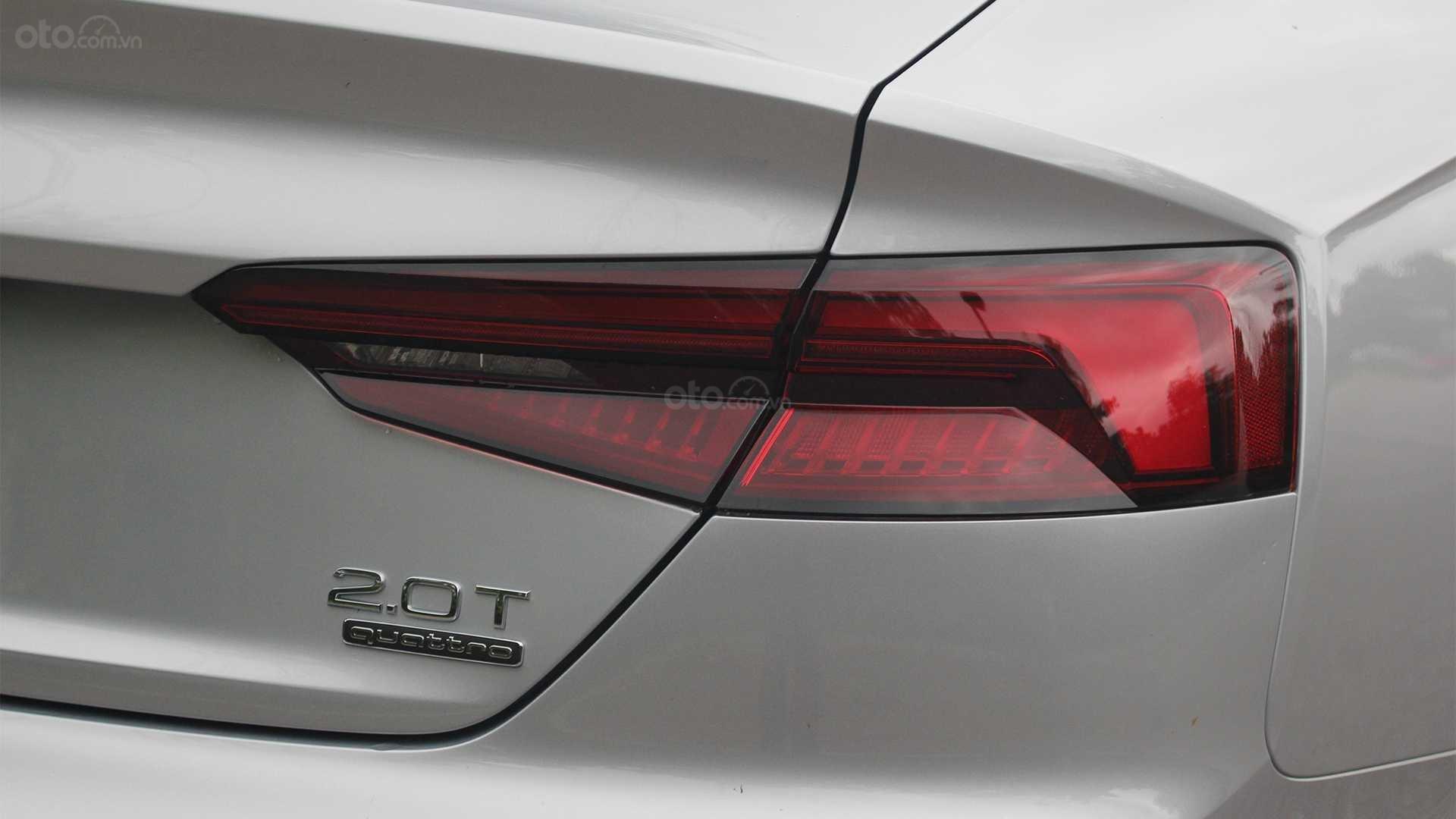 Đánh giá xe Audi A5 2019 - đèn hậu