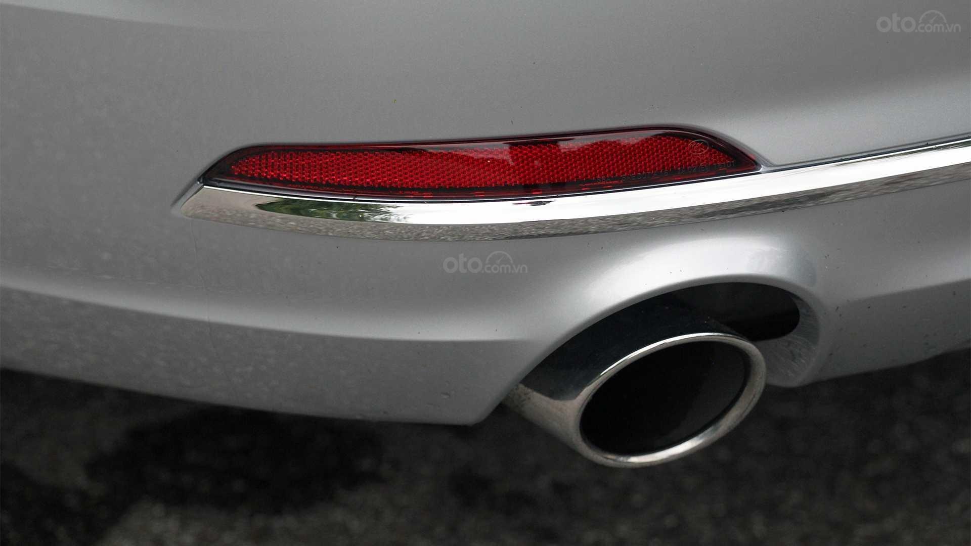 Đánh giá xe Audi A5 2019 - Bộ ống xả