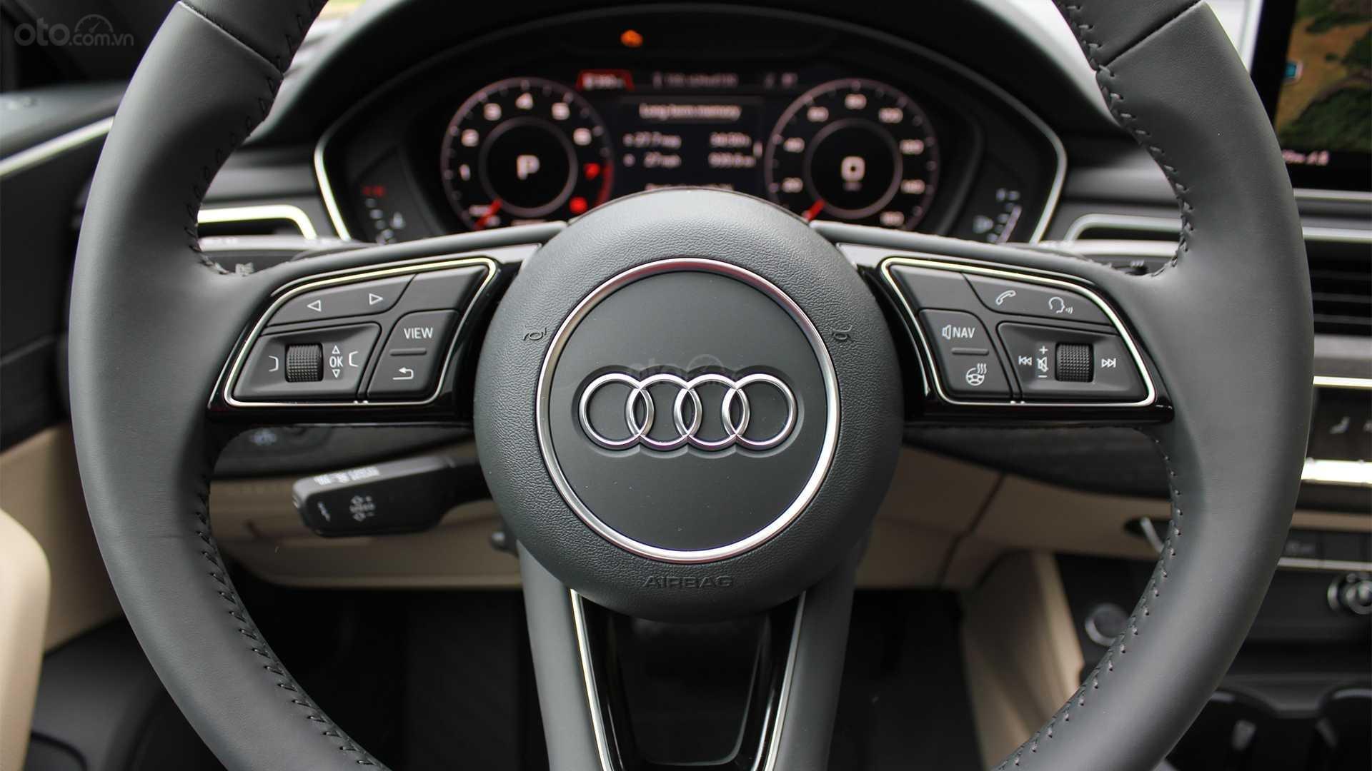 Đánh giá xe Audi A5 2019 - vô-lăng