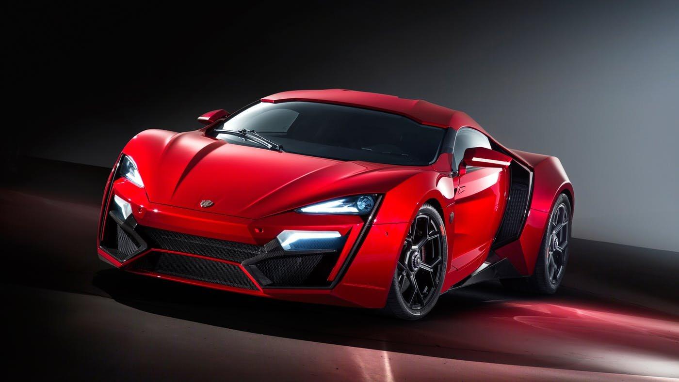 W Motors Lykan Hypersports trị giá 3,4 triệu USD