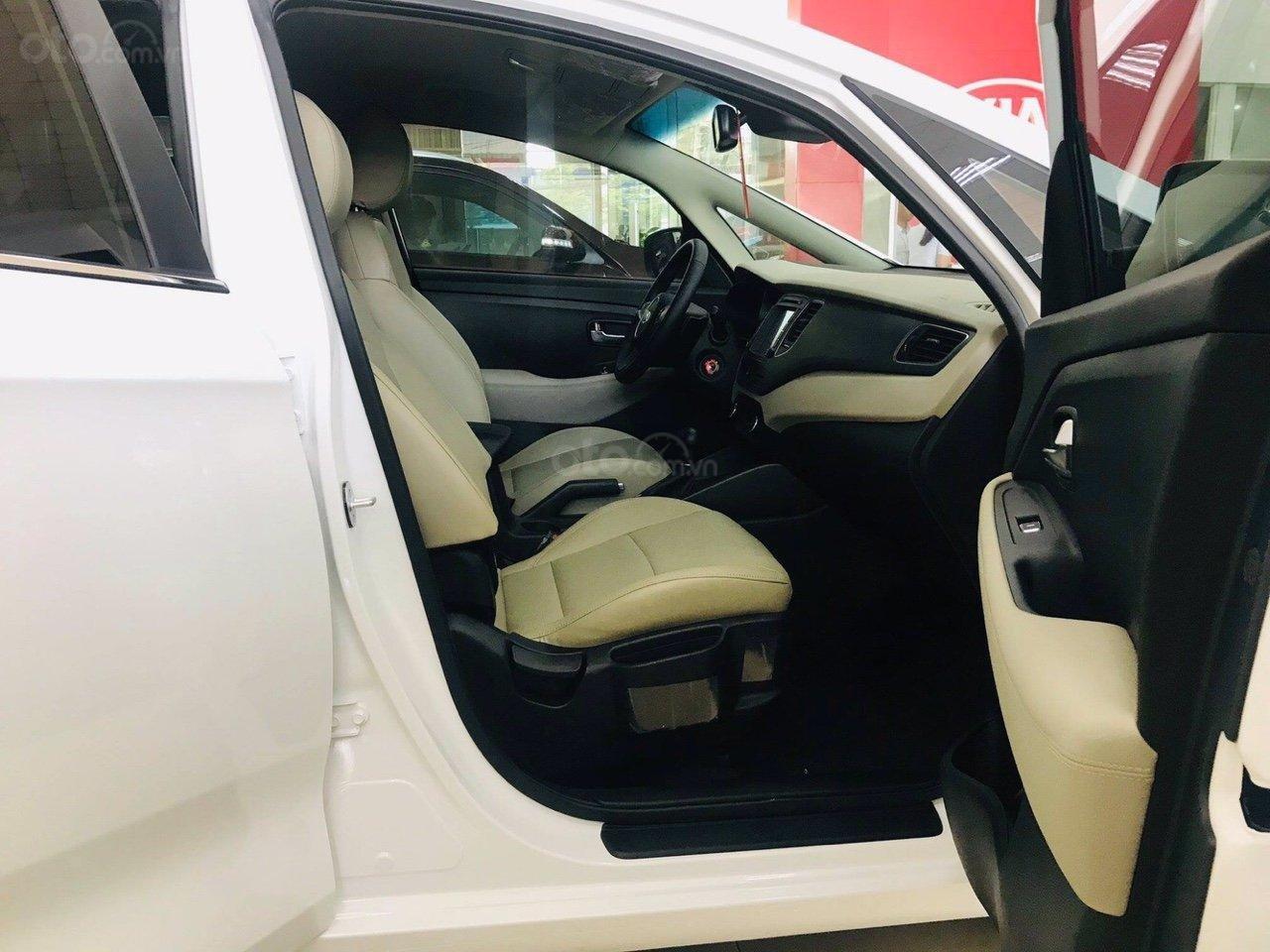 [Kia Bình Triệu] Kia Rondo 2019, ưu đãi khủng, chỉ với 180tr trả trước có ngay 1 chiếc xe 7 chỗ Kia Rondo-3