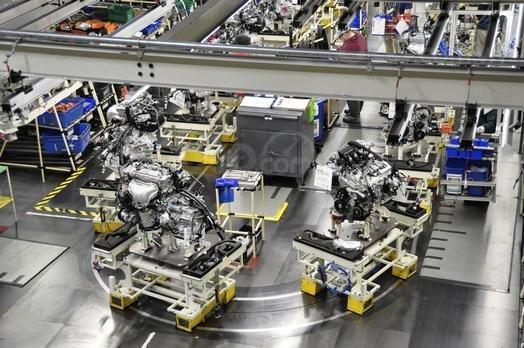 Toyota đầu tư hàng loạt các nhà máy sản xuất xe, động cơ và hộp số