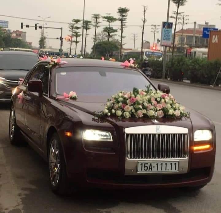 Nắp capo của Rolls-Royce Ghost