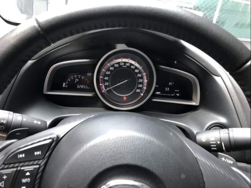 Cần bán lại xe Mazda 3 sản xuất năm 2016, màu trắng chính chủ-2