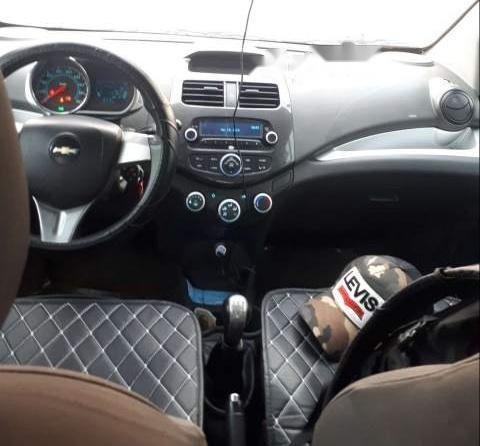 Bán Chevrolet Spark năm 2015, màu xanh lam còn mới  (6)