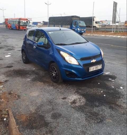 Bán Chevrolet Spark năm 2015, màu xanh lam còn mới  (2)