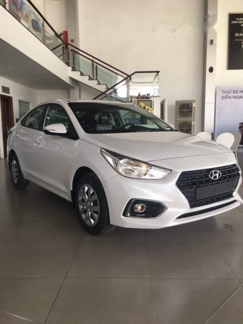Cần bán xe Hyundai Accent năm 2019, màu trắng-1