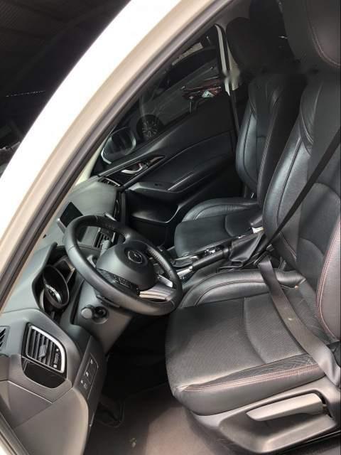 Cần bán lại xe Mazda 3 sản xuất năm 2016, màu trắng chính chủ-4