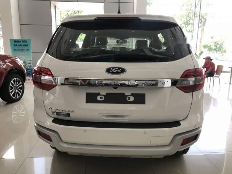 Bán xe Ford Everest đời 2018, màu trắng, nhập khẩu nguyên chiếc  (5)