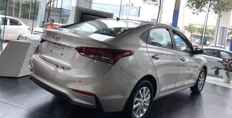 Cần bán xe Hyundai Accent 1.4AT bản tiêu chuẩn sản xuất 2019 giá cạnh tranh (4)