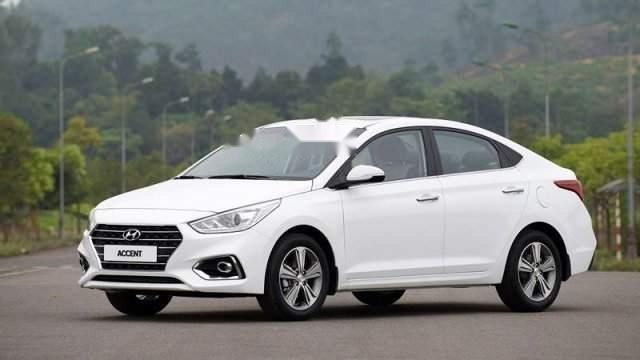 Bán Hyundai Accent sản xuất năm 2019, màu trắng, giá tốt-1