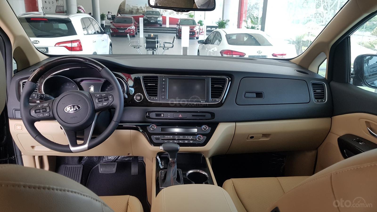 Kia Sedona 2019 mới 100%, tặng 1 năm bảo hiểm vật chất, có xe giao ngay - LH: 0909198695 (Kia Phú Mỹ Hưng)-5