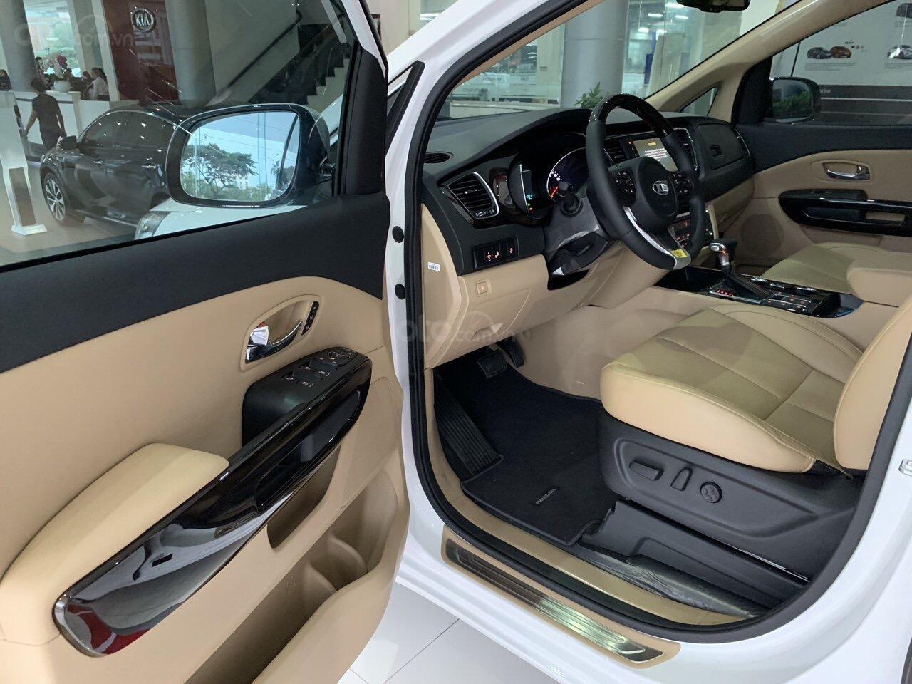 Kia Sedona 2019 mới 100%, tặng 1 năm bảo hiểm vật chất, có xe giao ngay - LH: 0909198695 (Kia Phú Mỹ Hưng)-6