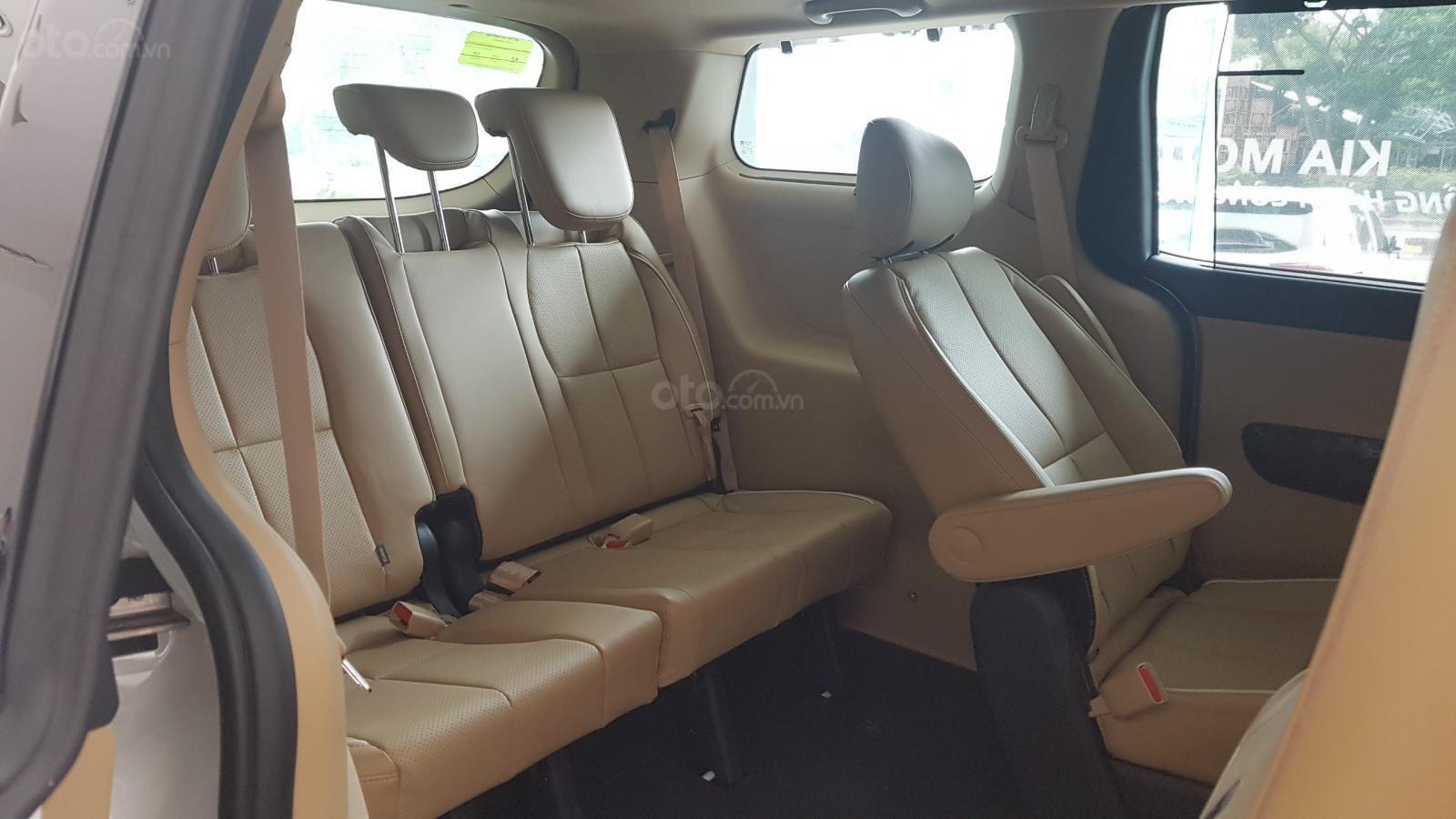 Kia Sedona 2019 mới 100%, tặng 1 năm bảo hiểm vật chất, có xe giao ngay - LH: 0909198695 (Kia Phú Mỹ Hưng)-8