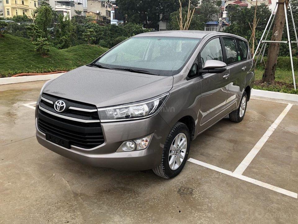 Xe Toyota Innova khuyến mại cực khủng tặng, bảo hiểm thân vỏ, hỗ trợ trả góp 80% giá trị xe-7