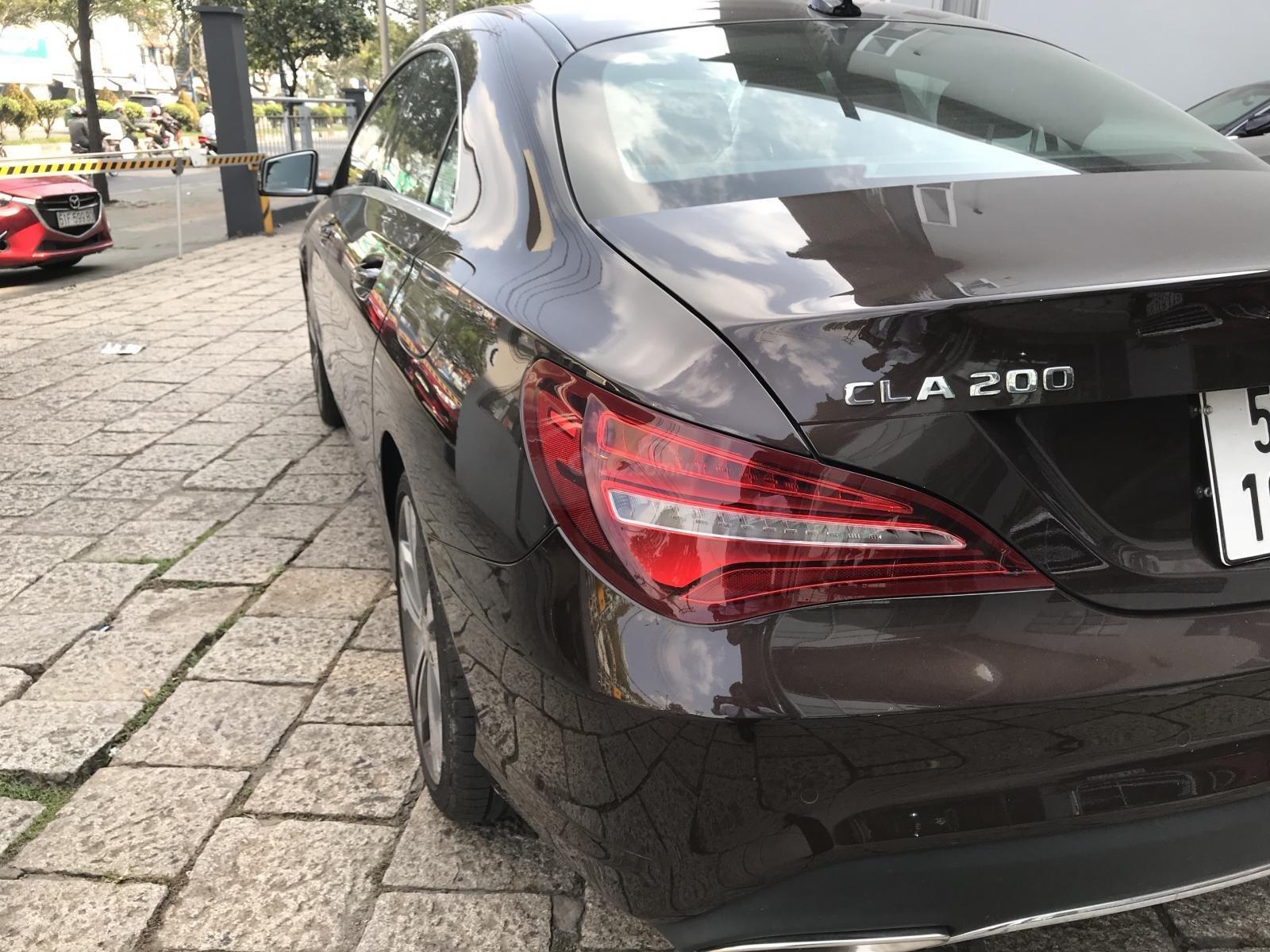 Bán xe Mercedes CLA200 lướt 2000 km, ĐK 6/2018 (5)
