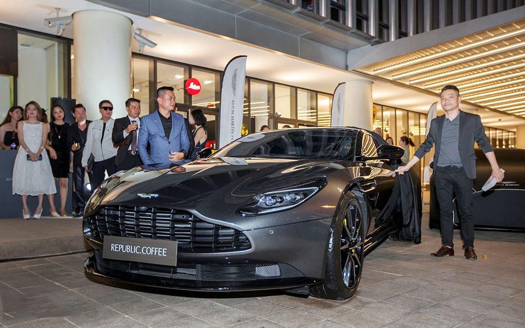 Danh tính 3 đại gia Việt sở hữu siêu xe Aston Martin chính hãng đầu tiên tại Việt Nam4aa