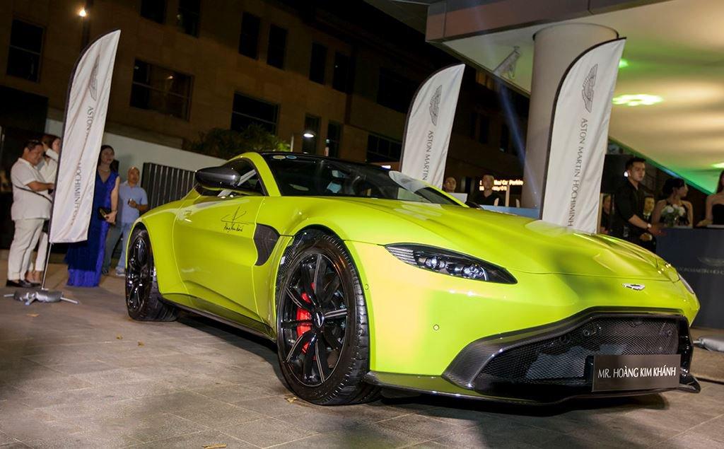 Danh tính 3 đại gia Việt sở hữu siêu xe Aston Martin chính hãng đầu tiên tại Việt Nam9ass