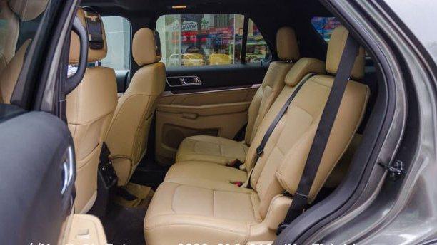 So sánh Ford Explorer 2019 và Mercedes-Benz GLC-Class 2019 về ghế xe.
