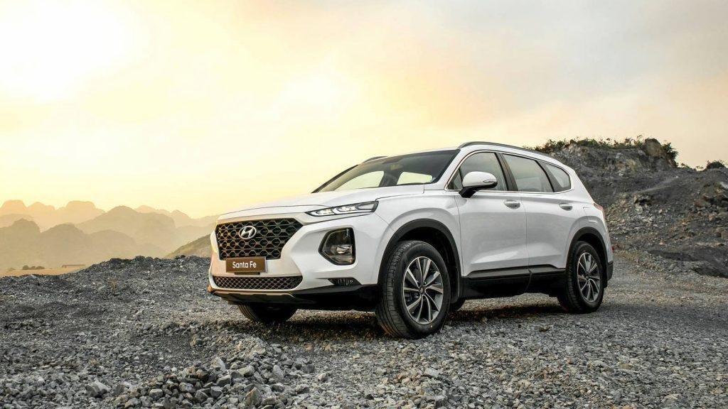 Hyundai SantaFe 2019 màu trắng...