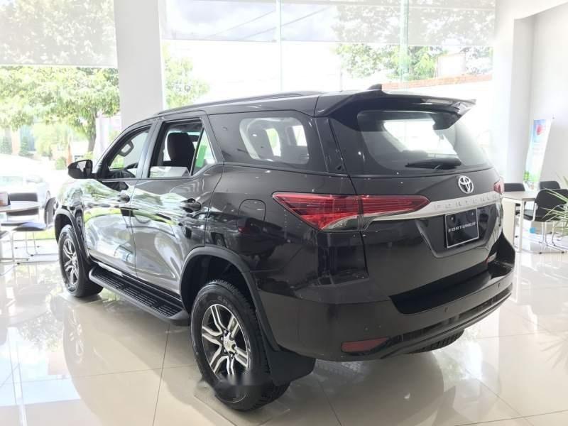 Bán xe Toyota Fortuner MT sản xuất 2019, xe nhập, giao nhanh toàn quốc (4)