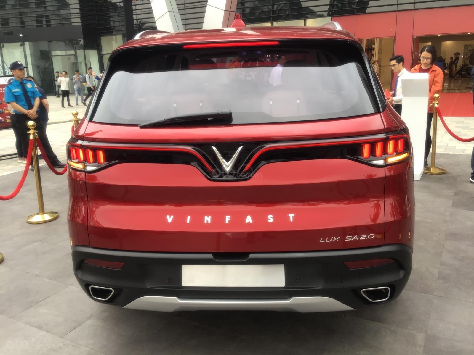 Đặt cọc mua xe Vinfast LUX SA2.0 tại Hải Phòng với giá tốt nhất và nhận xe sớm nhất (3)