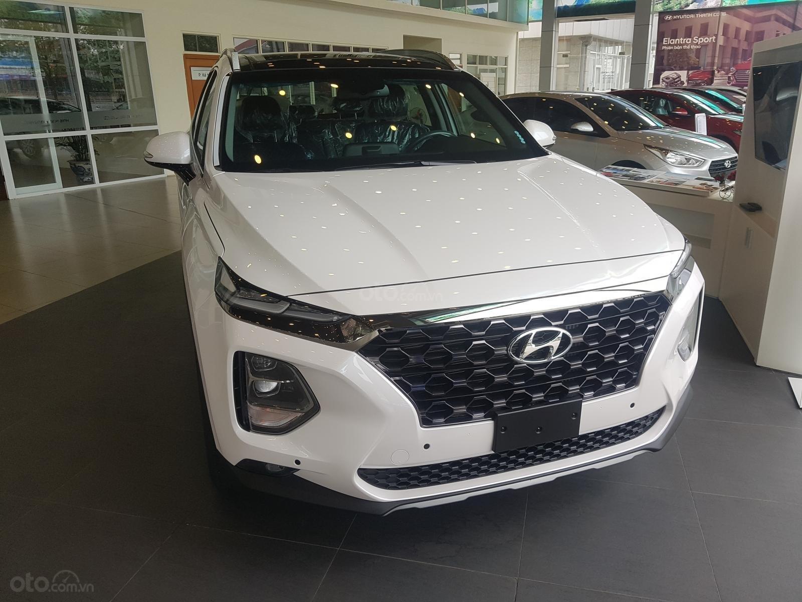 Bán Hyundai Santafe 2019 - Vay 80% - 313tr có xe ngay-1
